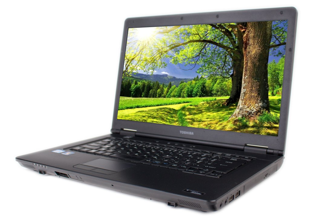 Toshiba dynabook Satellite B552/H  i5 4 GB 320 HDD